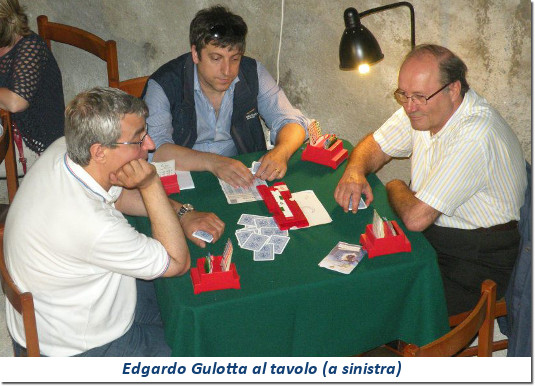 Edgardo Gulotta al tavolo da bridge